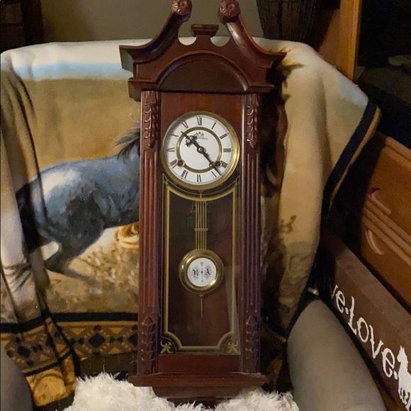 Clock- pendulum